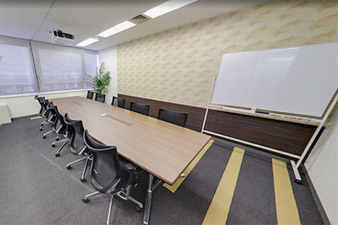 プラスアルファコンサルティング 会議室